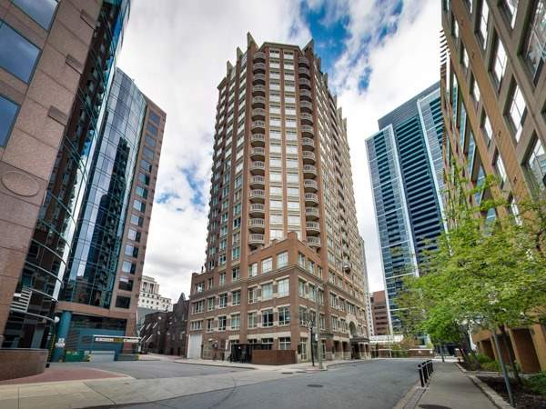 LEASED – 100 Hayden St 704, Toronto